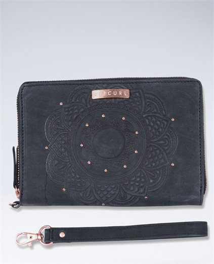 Chicama RFID Oversized Leather Wallet