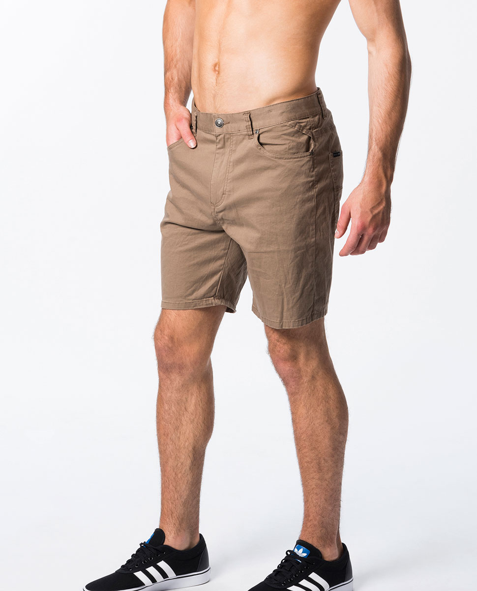 "Illusionist 18"" Walkshort"