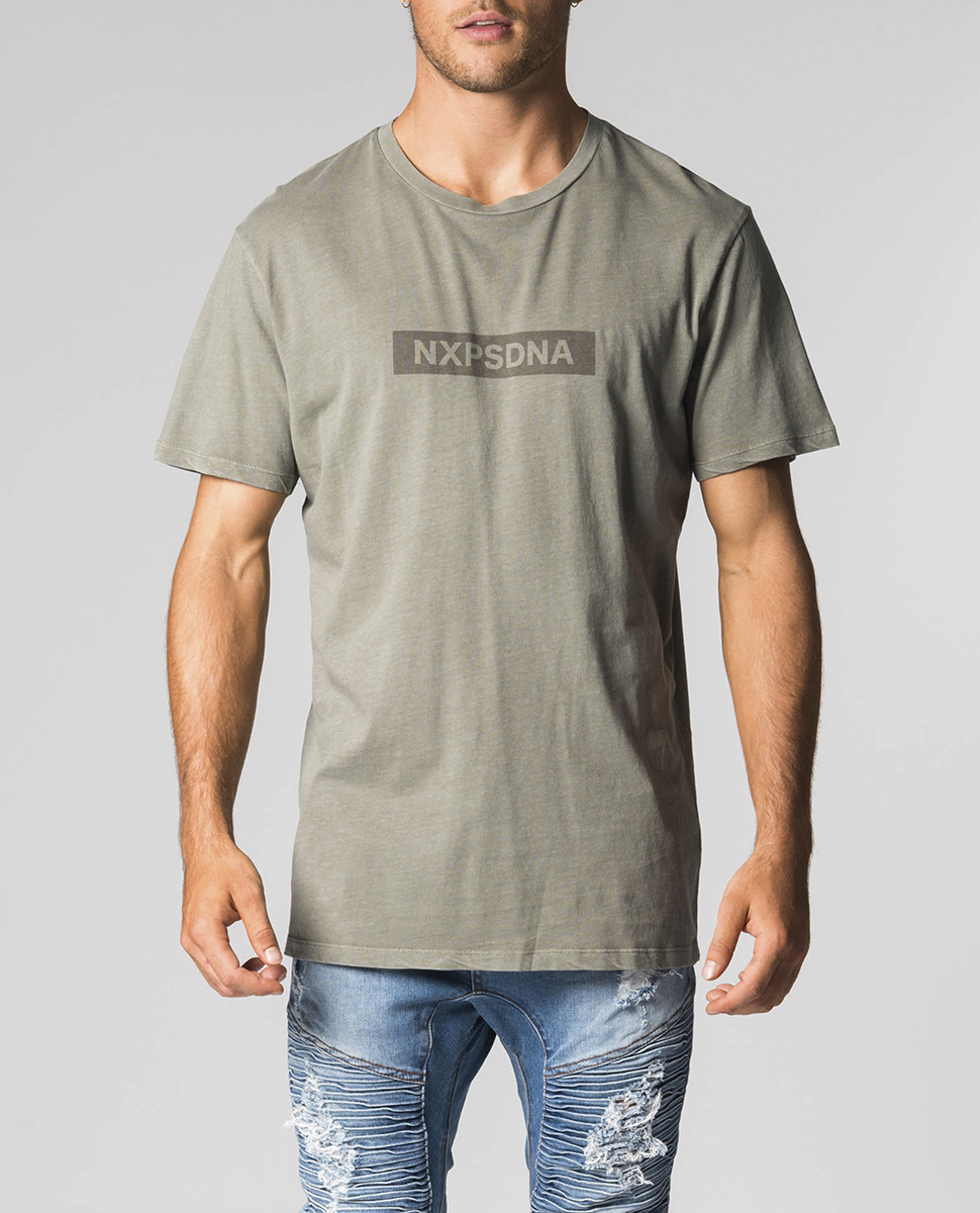 Delivery SS Scoop Back Tee