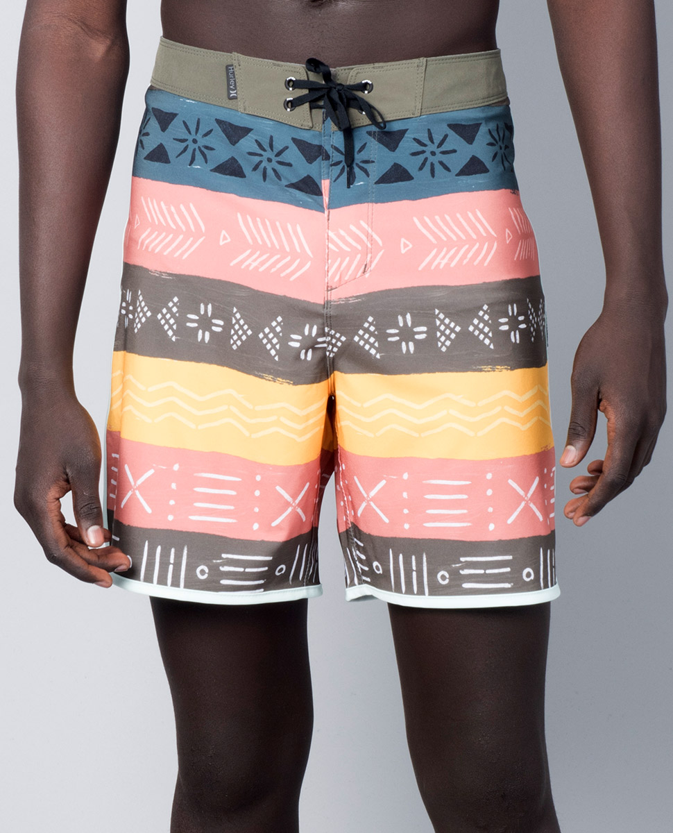 "Phantom Native 18"" Boardshort"