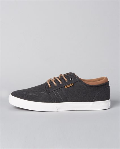 Remark 2 Grey Wash Shoe