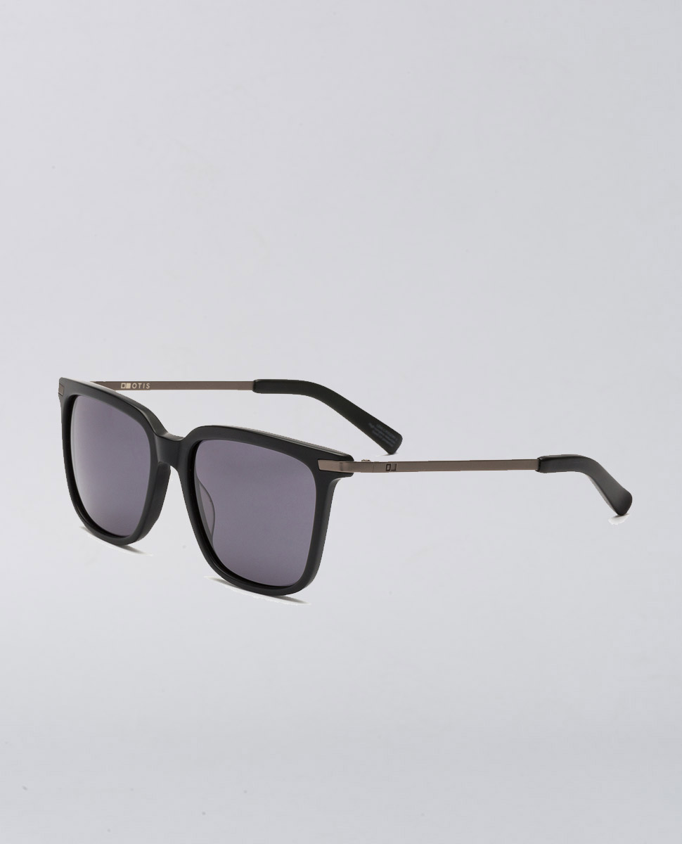 Crossroads Matte Black Polarised Sunglasses