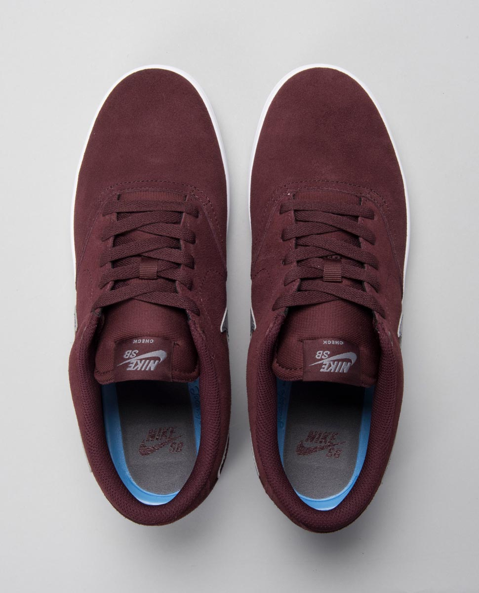Check Solar Burgandy Shoe