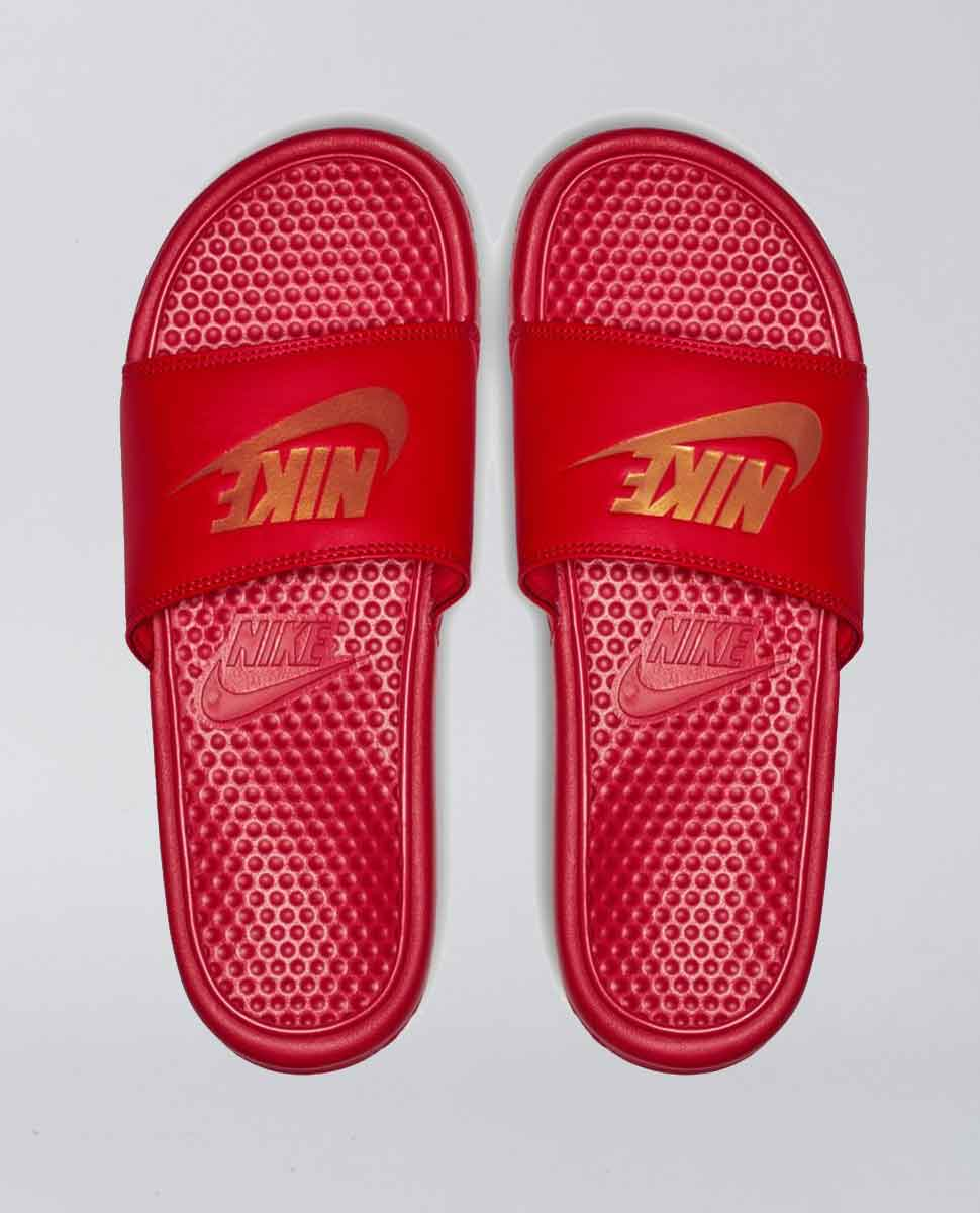 Benasssi University Red Slides
