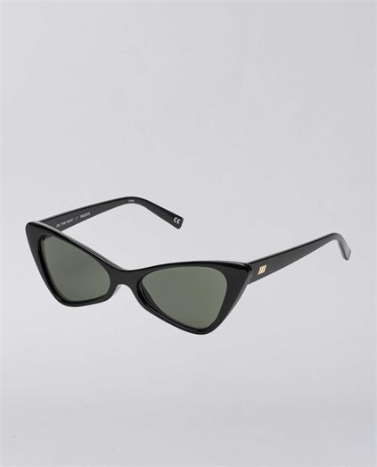 On The Hunt Black Sunglasses
