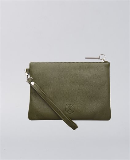 Cassie Leather Clutch
