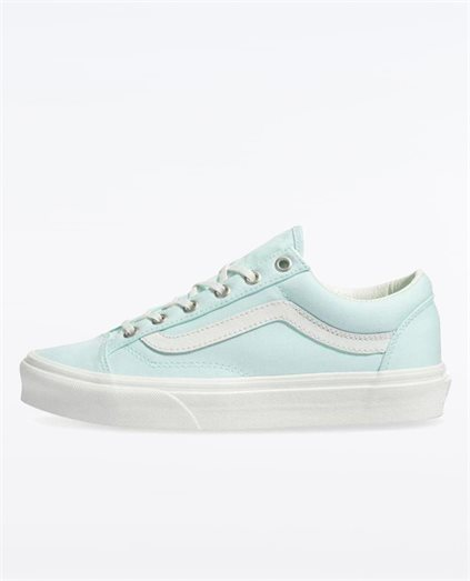 Style 36 Soothing Sea Shoe