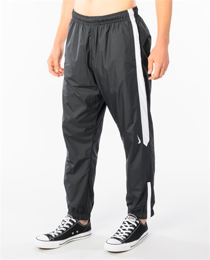 SB Shield Swoosh Trackpant