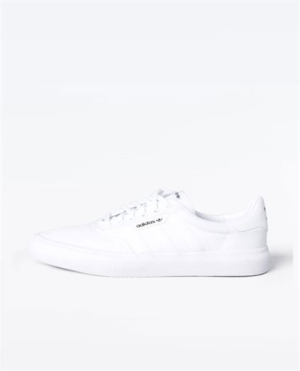 3MC White Shoe